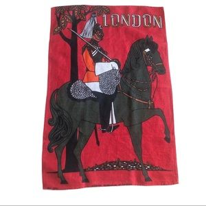 🛍London Mounted Guardsman Irish Linen Tea Towel